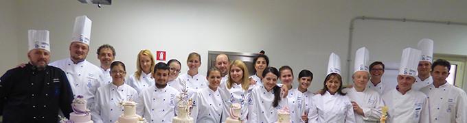 Corso Pasticceria E Cake Design Roma : A SCUOLA DI PASTICCERIA E CAKE DESIGN SETTEMBRE Noi ...