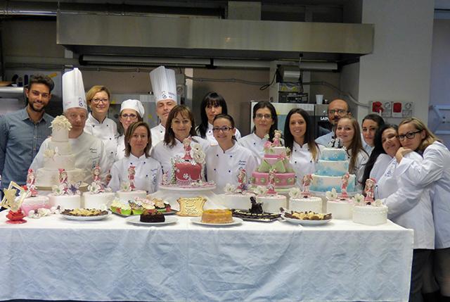 Scuola Di Cake Design A Roma : A SCUOLA DI PASTICCERIA E CAKE DESIGN NOVEMBRE Noi ...